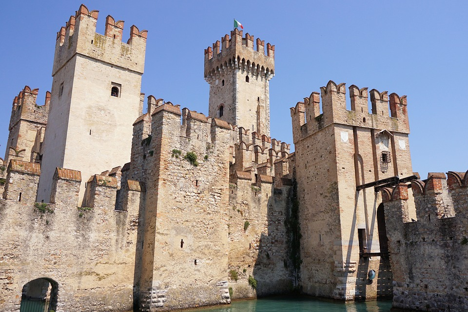 A walk in sirmione